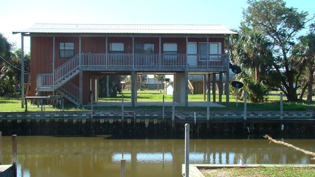 Florida-waterfront-property-gulf-view-horseshoe-beach-tammy-bryan-compass-realty
